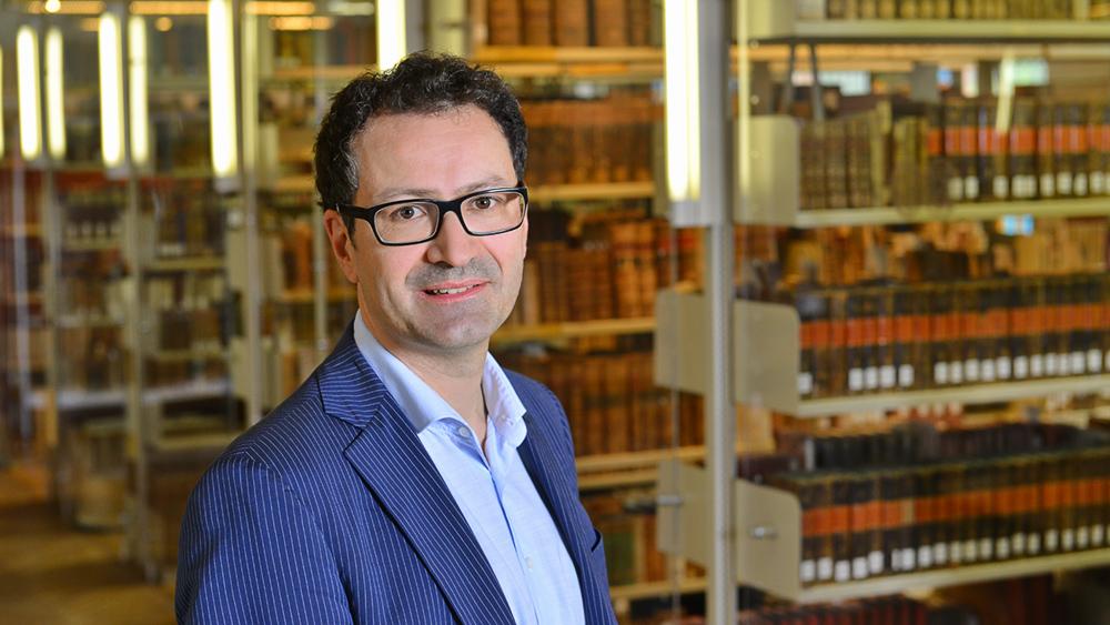 Prof. Dr. Robert Fajen; Foto: Michael Deutsch, Halle