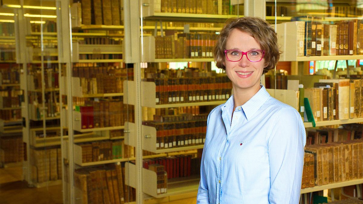 Dr. Theresa Schön